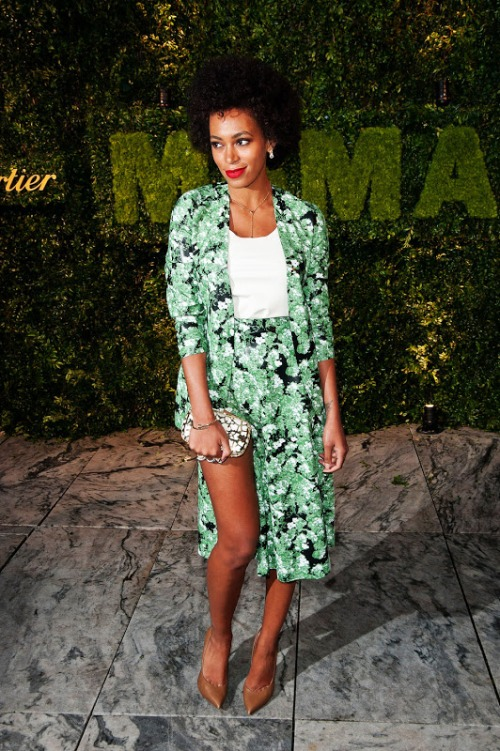 solange_knowles_floral_green_b